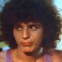 ΠΟΙΟΣ; Πολύ γνωστός Έλληνας ηθοποιός όταν έπαιζε με την... Ντάριλ Χάνα στο «Summer Lovers» (pics+video)