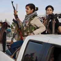 ΑΠΟΚΑΛΥΨΗ: Ο ISIS τρέμει τις «αμαζόνες» των Κούρδων μαχητών Πεσμεργκά